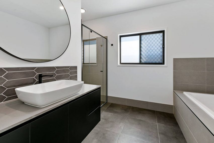 012_Open2view_ID599292-36_Ditmas_Street